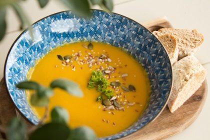 Soupe de légumes facile et rapide pour se réchauffer pendant l'hiver
