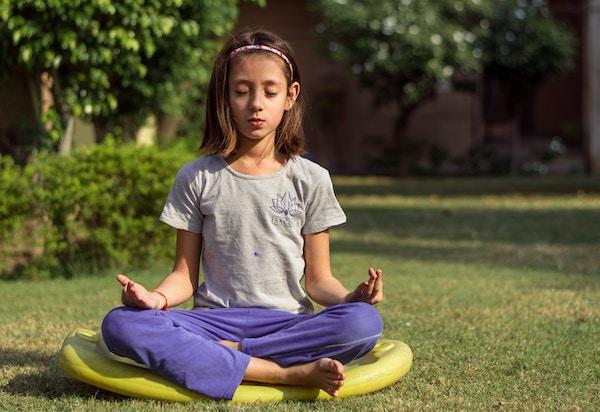 pratiquer la méditation enfants