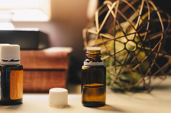 huiles essentielles produits ménagers